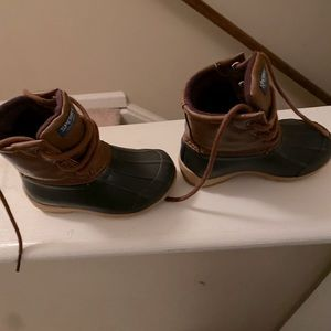 Toddler sperry boots size 7 medium